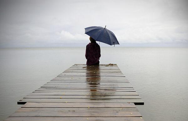 rain-pier-umbrella