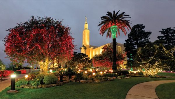 Photo Gallery: LDS Temple Christmas Lights Around the World