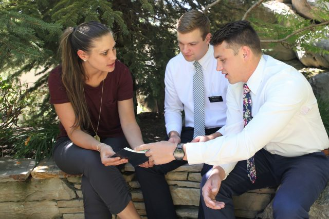 mormon-missionaries-teaching-woman