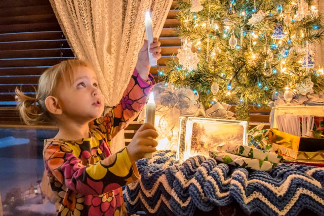 5 Ways to #LightTheWorld with Family History