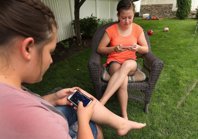 Teenagers Have Mixed Feelings About How Social Media Affects Them